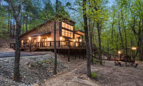 rustic_luxury_cabins-broken_bow_cabins-rustic_hollow-outdoor_deck_hot_tub-jpg